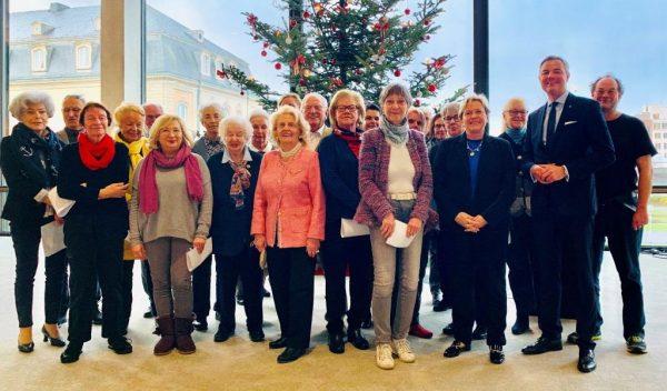 Zu Gast im Landtag: Frauen Union Baden-Baden zu Besuch in Stuttgart