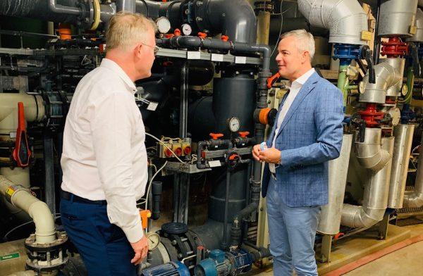 Landtagsabgeordneter Tobias Wald setzt sich für Modernisierungsmaßnahmen der Caracalla Therme ein